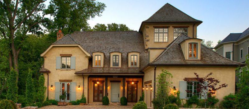 Дом с оттенками лаванды