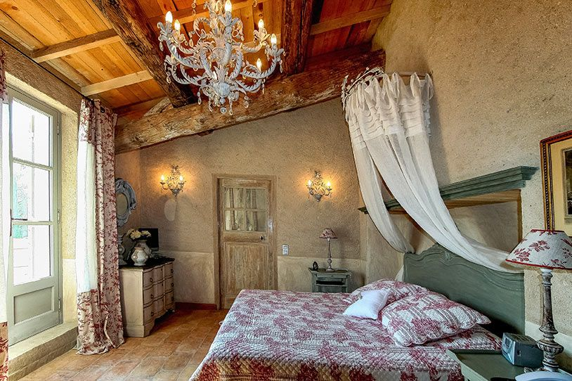 Дизайн спален в стиле прованс в домах и квартирах