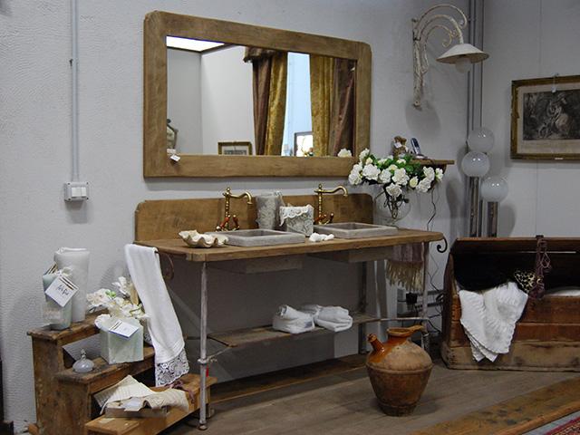 Особенности дизайна ванной комнаты в стиле прованс